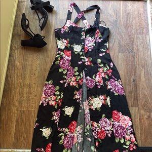 🧸pretty maxi button down dress